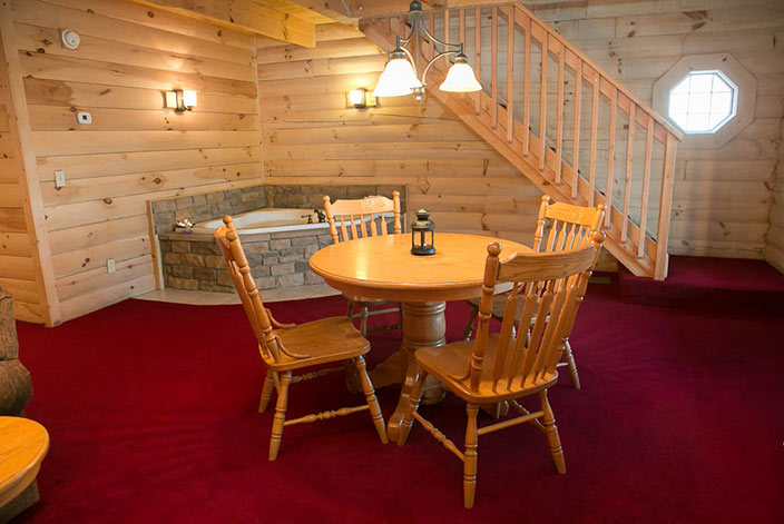 Amish Country Vacation  Beautiful Cabins by Downtown Berlin OH