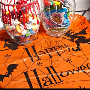 diy halloween candy jars2