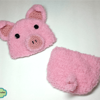 Newborn Crochet Baby Piglet Hat and Diaper Cover Outfit, Newborn Photo Prop Pattern by AMKCrochet.com