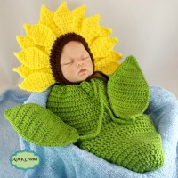 Crochet Newborn Sunflower Photo Prop Pattern by AMKCrochet.com