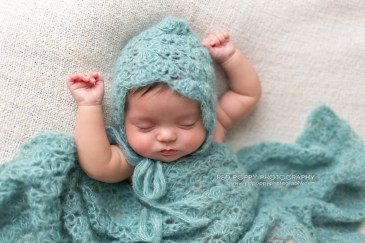 Newborn Crochet Baby Lace Bonnet Hat and Wrap Photography Prop Pattern by AMKCrochet.com
