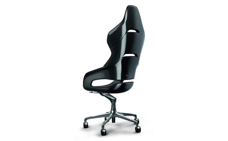 Ferrari Designs Sleek Office Chair for Poltrona Frau