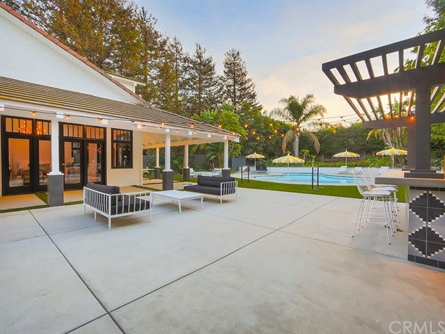 Flip or Flop Star Christina El Moussa Buys Stylish Home in Newport Beach for 41M  American