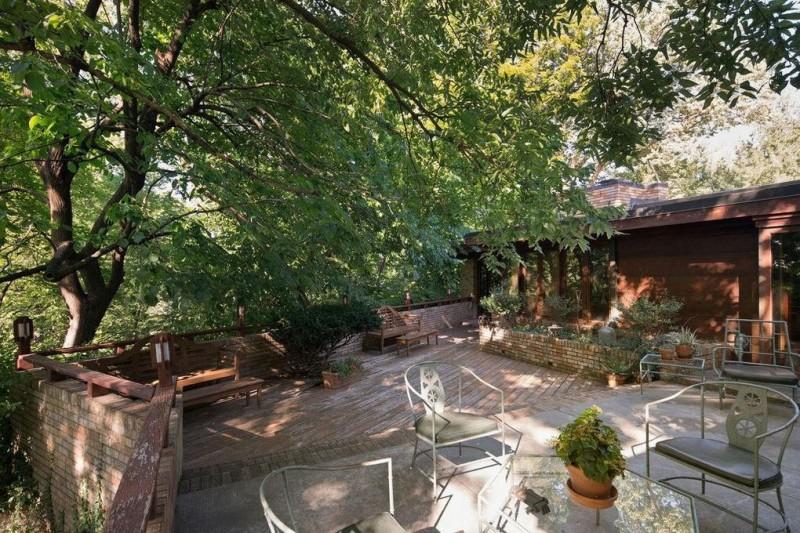 Frank Lloyd Wrights SondernAdler House in Kansas City Hits the Market at 165M  American Luxury
