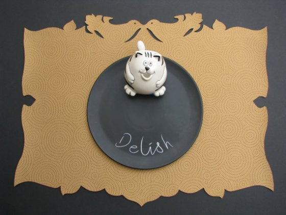Friday Fetch: Placemats for Pets // Ammo the Dachshund