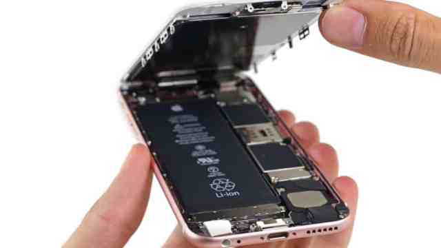 iphone-6s-teardown مراجعة آيفون 6S: الرائع و السيء في آيفون واحد