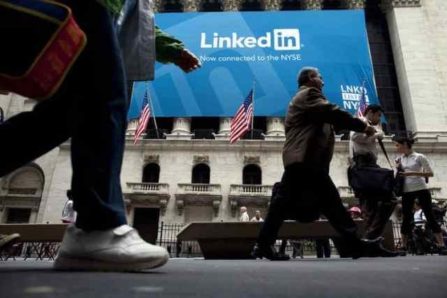 LinkedIn لماذا انهارت قيمة أسهم LinkedIn بالرغم من النتائج الرائعة؟