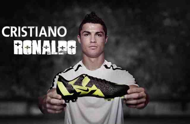 Cristiano-Ronaldo-Wallpapers-Nike-3 أزمة نايكي Nike وجهود كريستيانو رونالدو على فيس بوك لإنقاذها