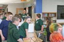 Kendra Peek/kendra.peek@amnews.com Students explore the Media Center in the new addition at Toliver Elementary School.