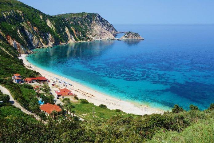 Petani-Beach-kefalonija