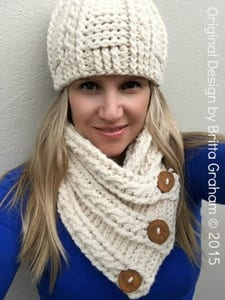 hooded scarf crochet patterns - hat scarf crochet patterns - cowl crochet pattern - crochet pattern pdf - hat crochet pattern - amorecraftylife.com #hat #crochet #crochetpattern