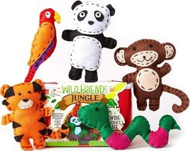 kid craft kits - arts and crafts activities - amorecraftylife.com #kidscraft #craftsforkids #christmas #preschool #gift
