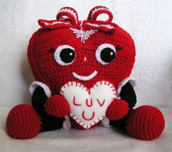 heart crochet pattern- crochet pattern pdf - valentines day pattern- amorecraftylife.com #heart #crochet #crochetpattern