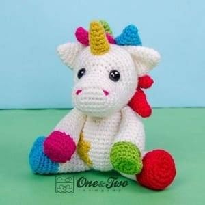 Fluffy Unicorn Amigurumi Pattern - Free - Ami Amour | 300x300