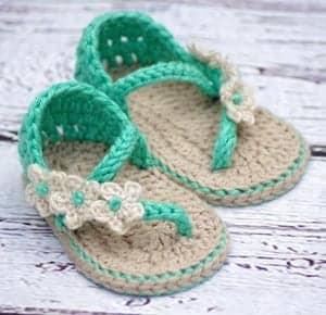 baby sandals crochet pattern - baby shoes crochet patterns - baby booties - baby gift - crochet pattern pdf - amorecraftylife.com #crochet #crochetpattern #baby