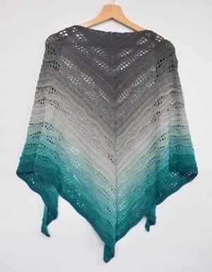 shawl crochet pattern- scarf crochet pattern pdf wrap - amorecraftylife.com #crochet #crochetpattern