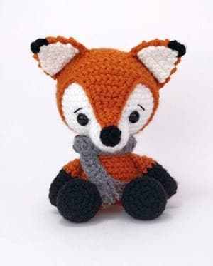 Fox Amigurumi, Mr. Furu - Free Crochet Pattern | Craft Passion | 373x300