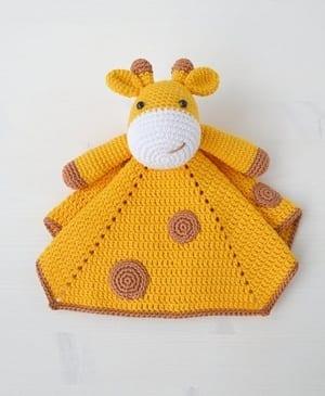 Giraffe Crochet Patterns -Amigurumi Tips - A More Crafty Life | 365x300