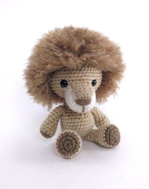 lion crochet patterns- toy crochet pattern- amigurumi amorecraftylife.com #crochet #crochetpattern #diy