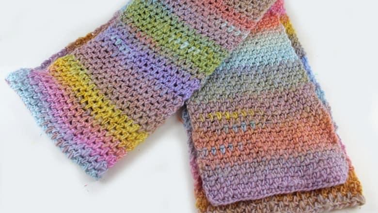unicorn dreams scarf crochet pattern - moss stitch tutorial - amorecraftylife.com #baby #crochet #crochetpattern #freecrochetpattern