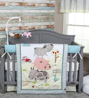 farm nursery themes ideas- boy girl decor amorecraftylife.com #baby #nursery #babygift