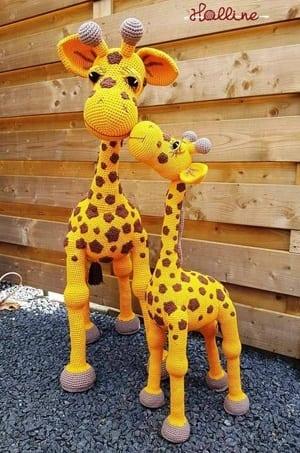 Free Crochet Pattern: How to crochet a baby giraffe - Flauscheinhorn | 453x300