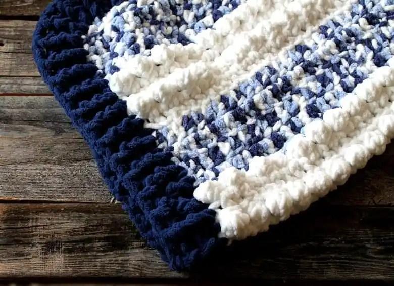 free blue dreams baby blanket crochet pattern -  free crochet pattern - amorecraftylife.com - boy blanket #baby #crochet #crochetpattern #freecrochetpattern