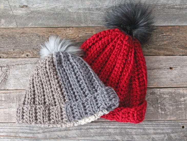 free chunky crochet hat pattern for beginners-super bulky yarn gauge 6- easy wide scarf pattern - amorecraftylife.com #crochet #crochetpattern #freecrochetpattern