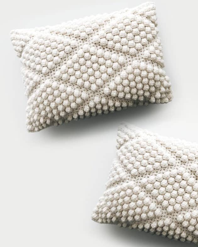 crochet pillow pattern - home decor - amorecraftylife.com #crochet #crochetpattern #diy