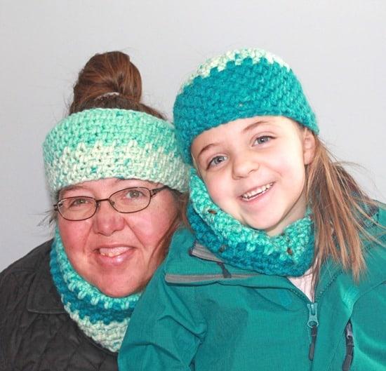 Moss stitch crochet cowl pattern - Free Pattern -crochet ear warmer pattern- printable pdf - winter headband - amorecraftylife.com #crochet #crochetpattern #freecrochetpattern