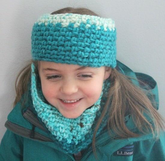 Moss stitch crochet Headband pattern - Free Pattern -crochet ear warmer pattern- printable pdf - winter headband - amorecraftylife.com #crochet #crochetpattern #freecrochetpattern