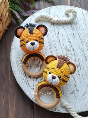 crochet baby rattle tiger pattern - amigurumi crochet pattern - amorecraftylife.com #crochet #crochetpattern #diy #amigurumi