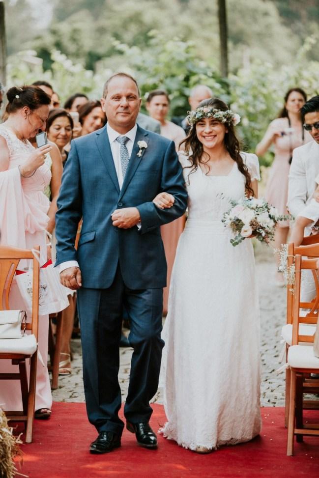 Destination Wedding in Portugal Vineyard - Gabi + Joe_076
