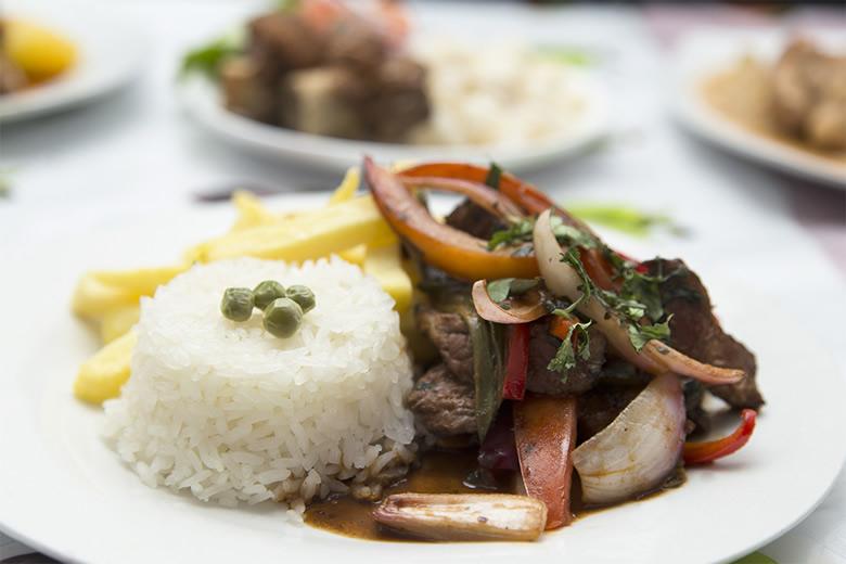 Per Gourmet Cocina peruana para disfrutar y aprender  AmoSantiago