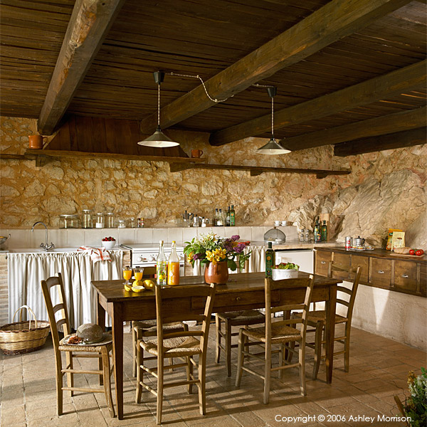 The kitchen in La Roccia villa.