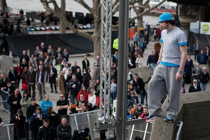 zephyr overlooks arena art of motion london