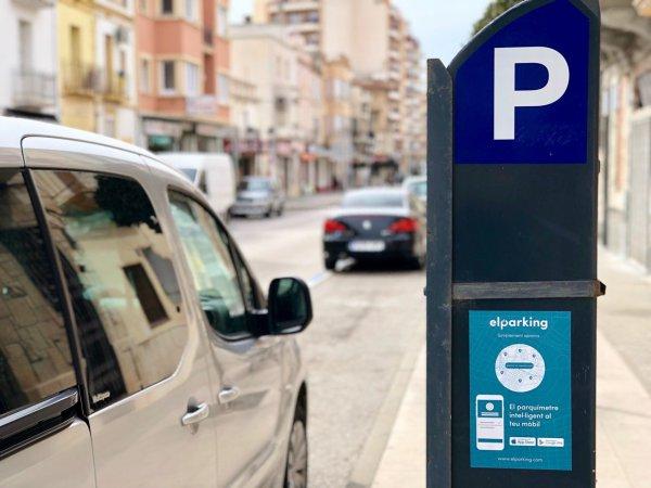 Els comerços i serveis afectats per la zona blava regalaran minuts d'estacionament a la seva clientela