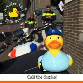 Police woman Station Lijnbaansgracht Amsterdam Duck Store