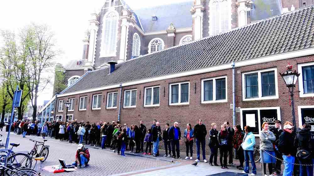 Amsterdam anne frank house queue