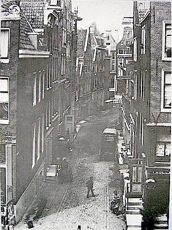 Amsterdam Red Light District History - The Blood Street (Bloedstraat) in 1890