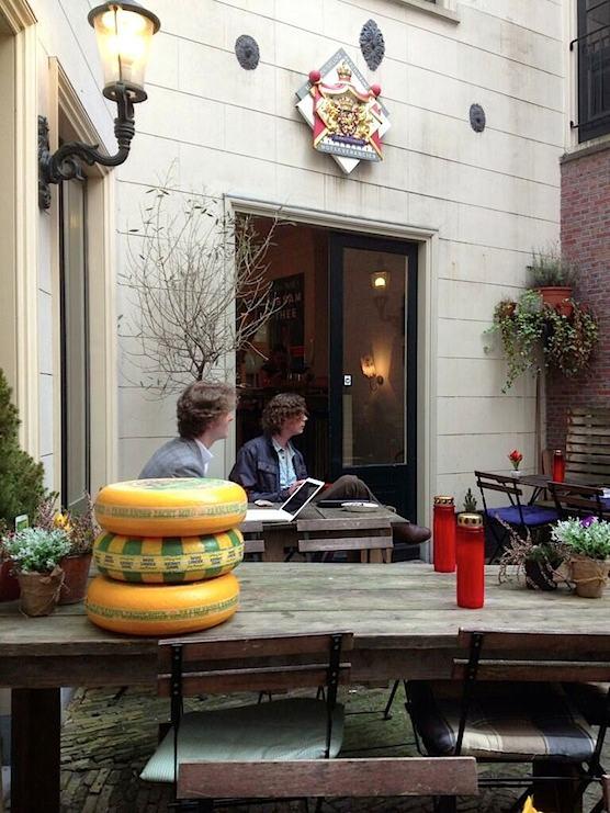 Hofje van Wijs terrace in Amsterdam
