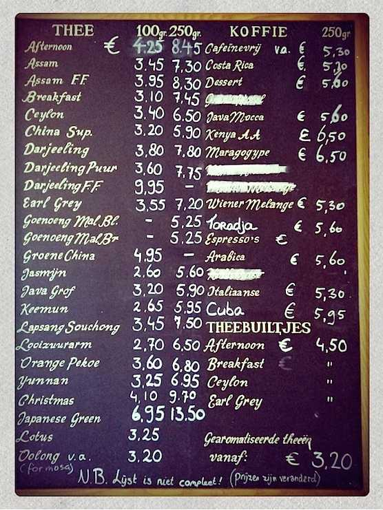 The menu at coffee bar Hofje van Wijs in Amsterdam