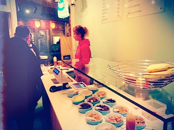This is definitely the best frozen yoghurt and waffle shop in Amsterdam. Go see it in the Red Light District.