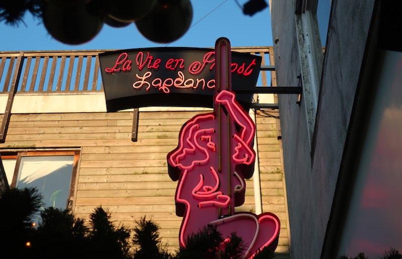 La Vie En Proost Is The Best Lap Dance Bar In Amsterdam
