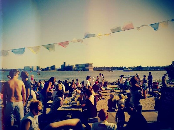 10 tips for hot summer days in Amsterdam. Cafe Pllek.