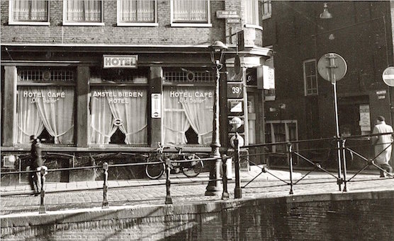 Cafe Old Sailor In Amsterdam 39 S Red Light Districtamsterdam