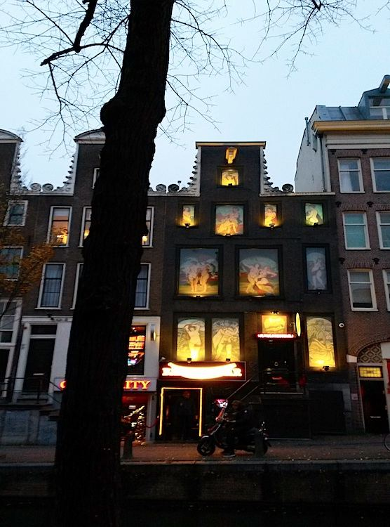 The Bananenbar In Amsterdam S Red Light District