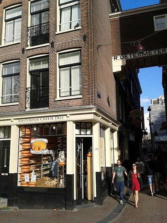 Amsterdam Cheese Deli In The Red Light District Amsterdam