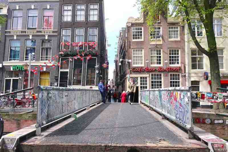 Location 3D Printed Bridge Amsterdam's Red Light District