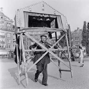 Amsterdam in Pictures: Dam Square 1951